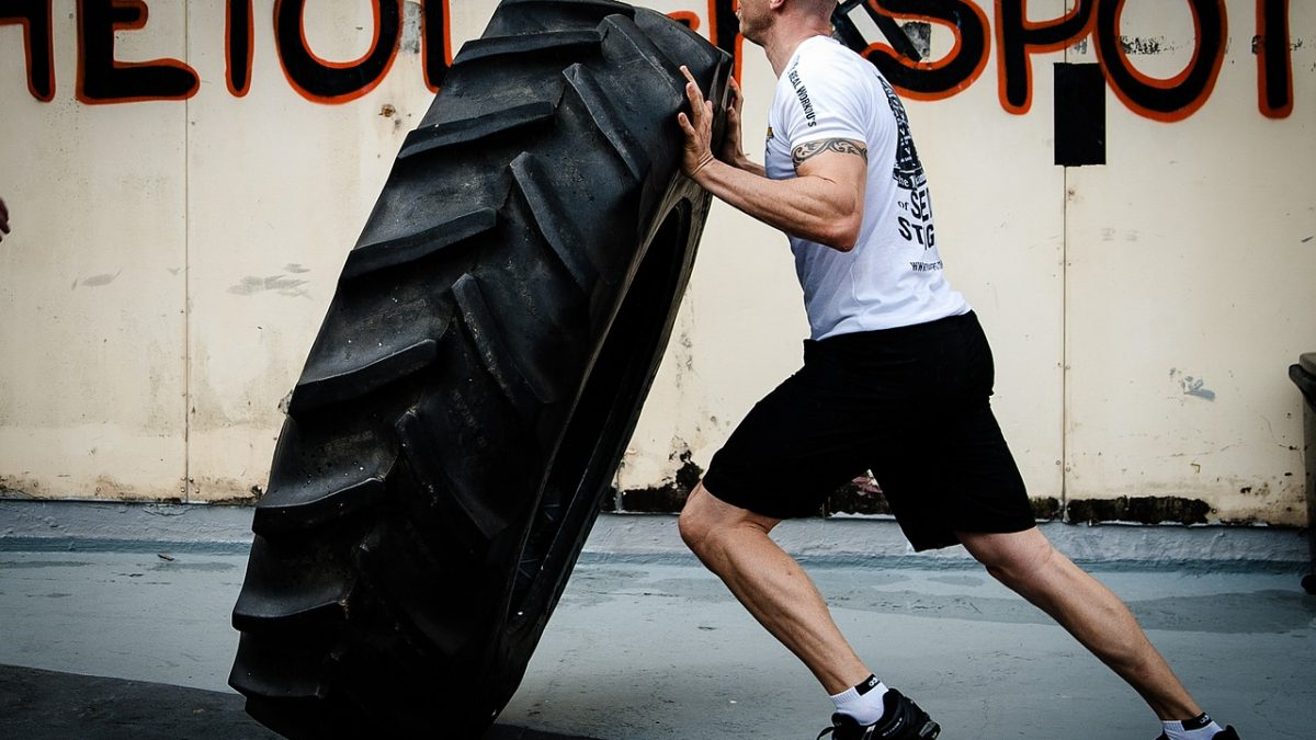 5 Killer Tire Workouts: Become a Fat Burning Machine